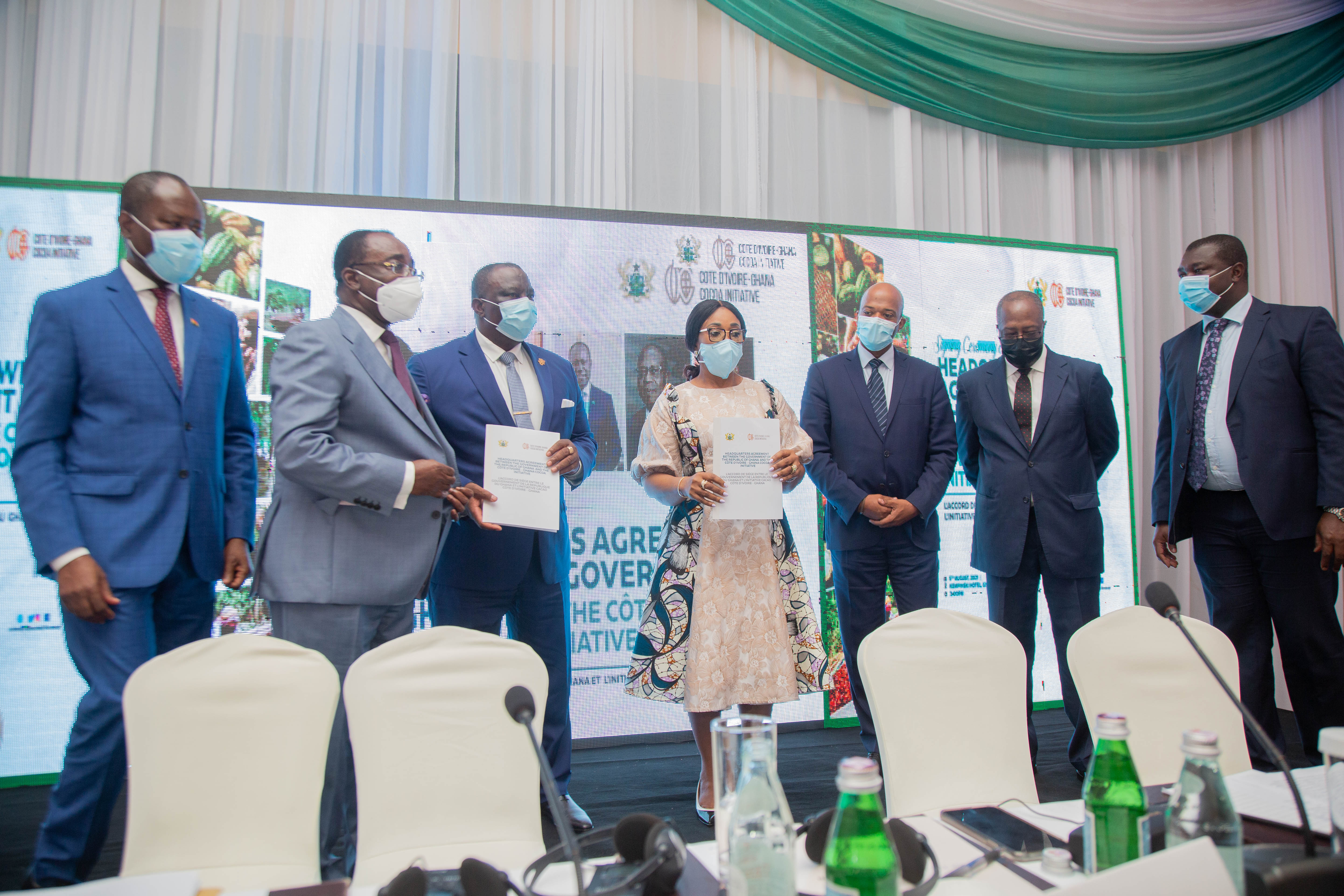 THE SIGNING CEREMONY OF THE HEADQUARTERS AGREEMENT BETWEEN THE GOVERNMENT OF GHANA AND THE COTE D'IVOIRE - GHANA COCOA INITIATIVE